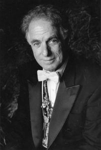 DAVID-AMRAM---Composer,-Conductor-and-Soloist