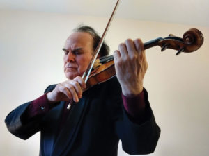 Violinist and Local 247 (Victoria, BC) member Pablo Diemecke is frequently asked to give master classes in Canada, the US, and Mexico.